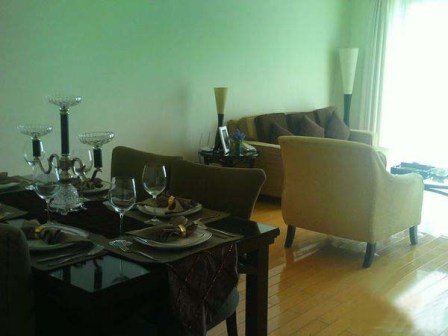 Newly renovated high rise apartment in downtown