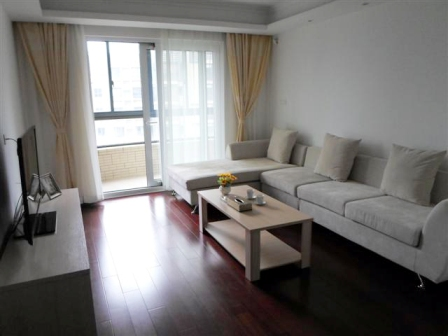 Nice apartment in Jing-An
